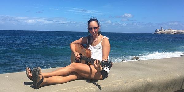 image for article Auresia Returns to la Havana to Complete the Recording of Her Ukrainian Reggae Album-Korinnya